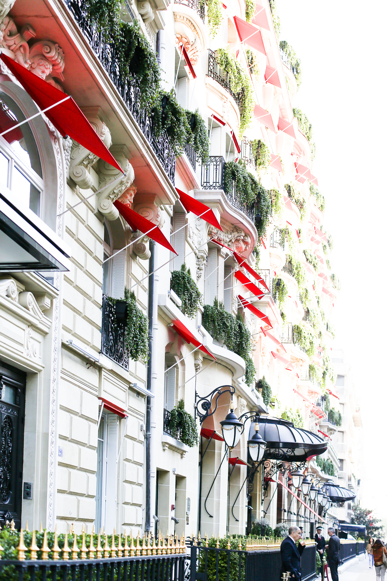 Plaza Athenee Paris-15